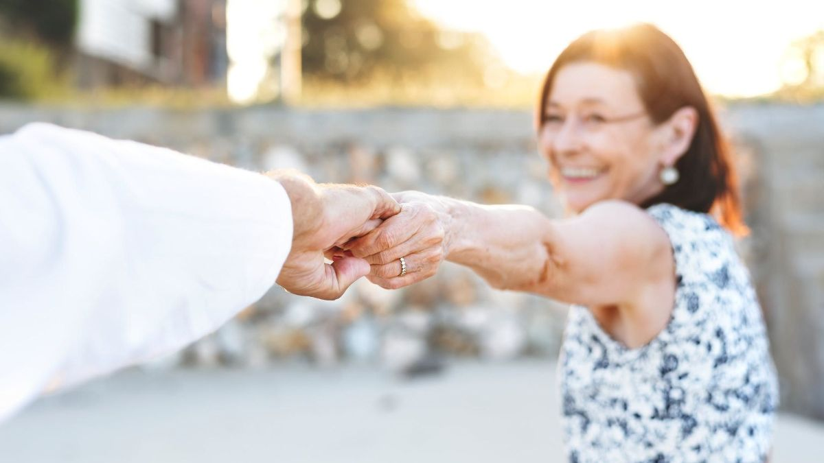 4 Non-Financial Keys for a Happy Retirement